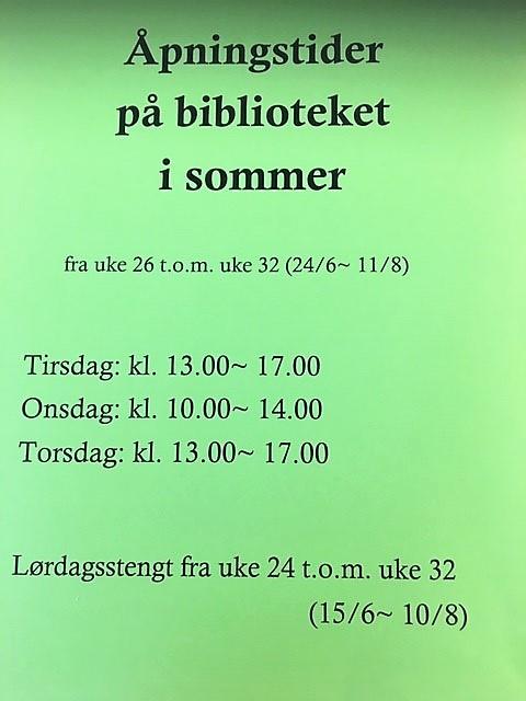 Åpningstider på biblioteket i sommer
